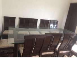 Dining table of 10 chairs
