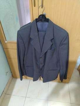 Men's suit (Grey colour)
