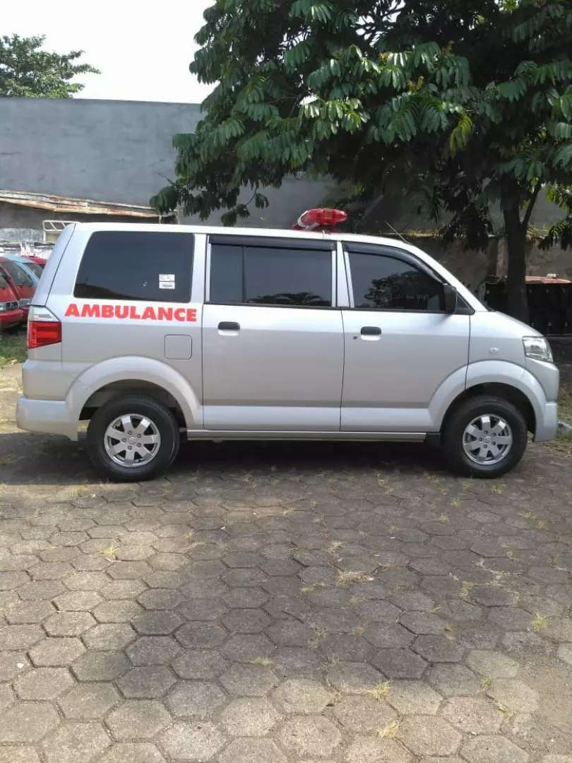 Suzuki APV GX ambulance 2019 0