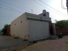 Huse for sale niar  giyan mandir back side navu gym lakhi colony no 1A