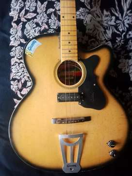 GIVSON GUITAR SEMI ELECTRIC
