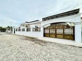 Dijual Bangunan Rumah Mewah Di komplek Bunyamin Residence