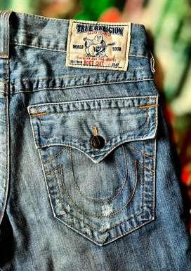 TRUE RELIGION Sz 31 Fit 33 Celana Jeans
