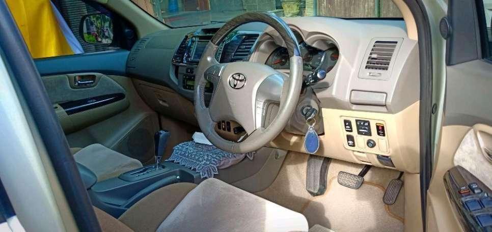 Toyota Fortuner G Diesel 2012 Kuta Utara 250 Juta #14