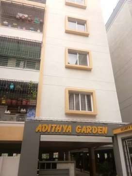 In Hosur road, 2bhk flat available for lease.
