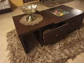 Center table with drawers