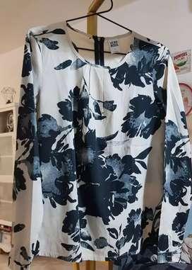 Sparingly used Branded Ladies/ Girls tops