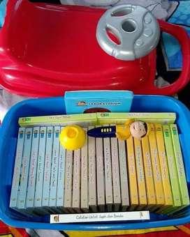1 set Buku Little Abid dan kontainer