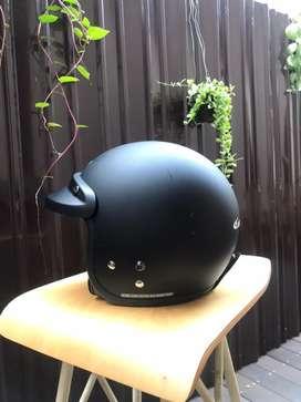 Helm Cargloss Retro Black Doff