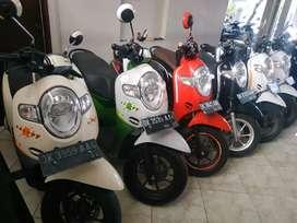 Bali dharma motor jual motor Honda Scoopy injeksi tahun 2017