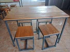 Meja Kursi minimalis palet besi resto cafe rumah makan