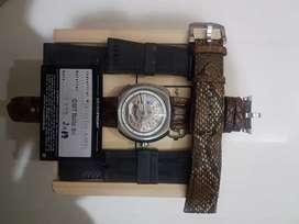 SevenFriday SF-V1/01, 4 straps, like new 99%