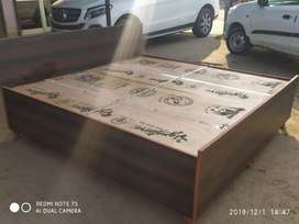 New doubbel bed box king size