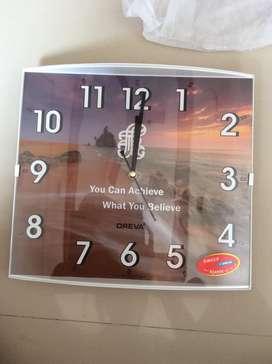 Oreva wall clock