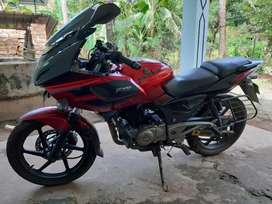Pulsar 220 good condition book and paper clear good tyers
