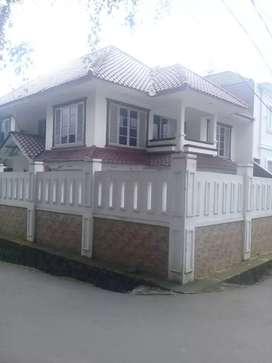 Rumah mewah kokoh asri siap huni Pejaten