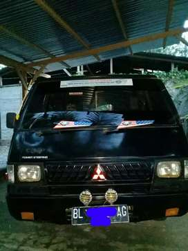 Dijual L-300 pick up