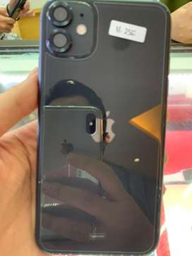 dijual iphone 11 Black 256 garansi ibox
