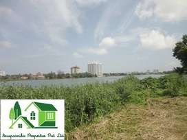 Waterfront land in Kadavantra Kochi