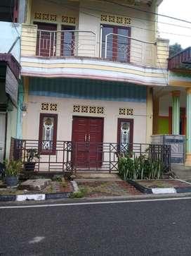 Dijual rumah 2 lantai didaerah pelabuhan Ajibata,Prapat