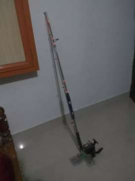 Fishing rod and reel ( 1 month used)