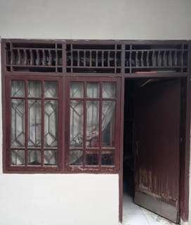 Jendela kayu, kusen dan teralis