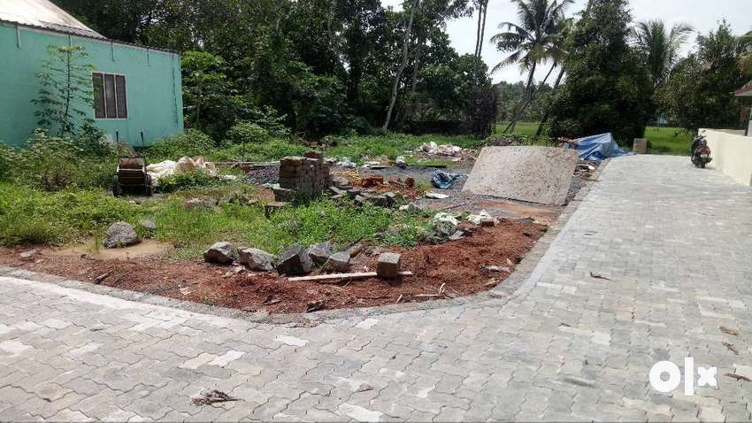 kakkanad near infopark kadambrayar 10 cent plot for sale per cent 4.50 0