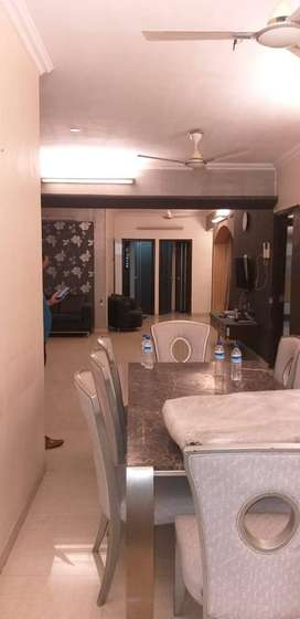Fully Furnished 5BHK Sea Facing flat for rent