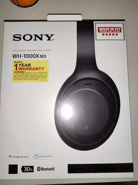 Seal packed Sony WH-1000XM3