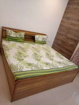 Double bed with materess