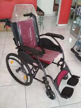 Kursi roda travelling new ban besar