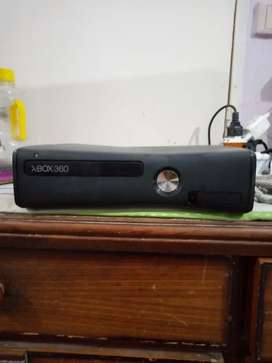 Xbox 360 with lcd