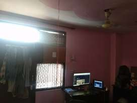 Single person 2 bhk sharing room