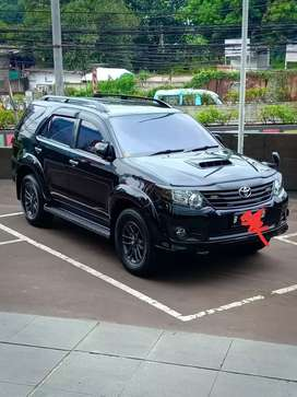 toyota fortuner vnt turbo 2,4 2015