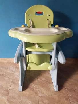 Baby high chair plus study chair merk CARE