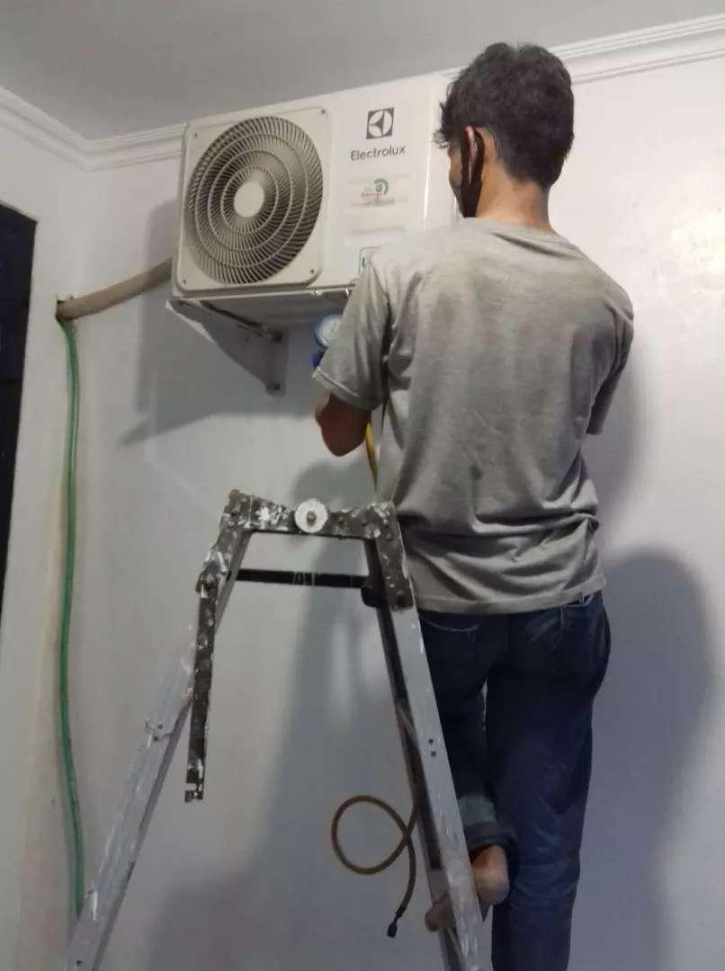 Jasa servise ac/isi freon/pasang ac/pompa air/kulkas/msin cuci 24 jam 0