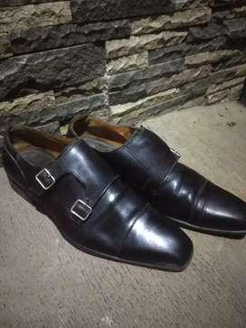 Sepatu kulit moreschi size 44/45