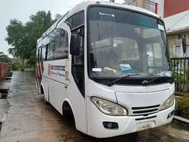 Isuzu elf bus. Medium 3/4 .nkr 71. Bagus.