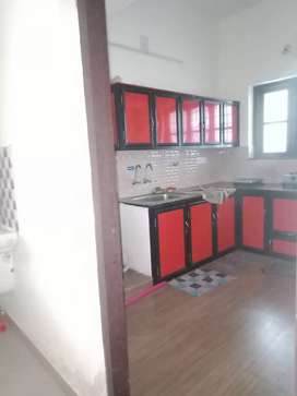 2 bhk ground-floor floor rent in kakkanad near Ngo jn & fire station.
