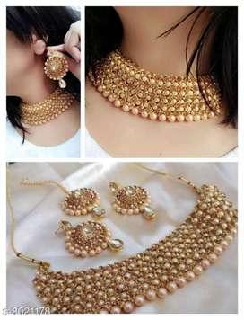 Necklace elegant