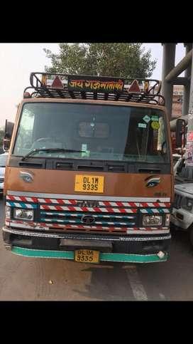 Tata 909 ex (CNG)