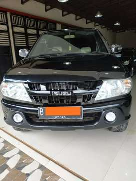 Isuzu panther LM smart turbo th 2009 mulus siap jalan
