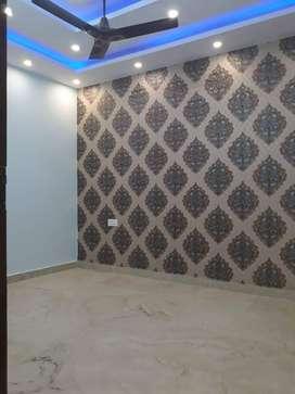 3 bhk floor with lift with car parking in uttam  nagar west