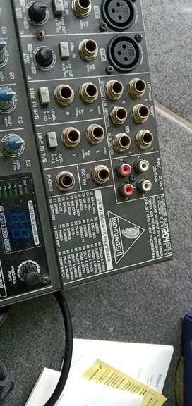 Mixer behringer 1204fx