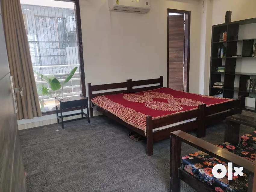 Fully furnished room available fridge + ac + meals 0