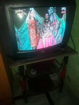LG TV sath me Tv table
