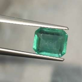 Emerald , 2.2 carats ,Beautiful,clear and good color. Untreated.
