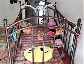 Children Crib in excellent condition slighty used. Urgent selling.