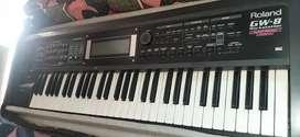 Roland Gw8 Asian collection Arranger keyboard