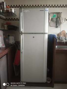 Samsung Fridge 260 liter